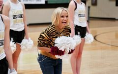 Kristin Chenoweth makes a surprise visit to her hometown