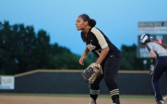 Junior Raegan Edwards takes a full-ride for softball