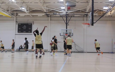 Boys' Basketball looks to dominate