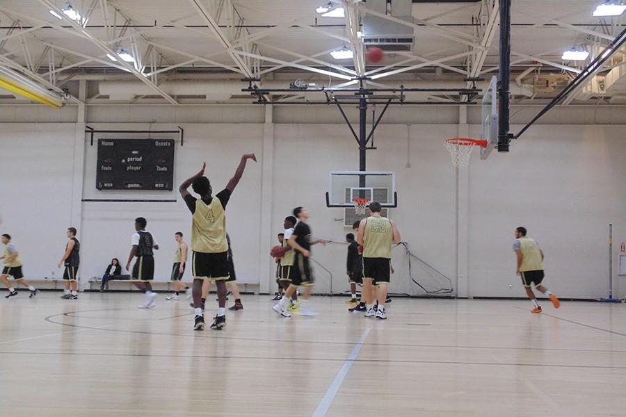 Boys Basketball looks to dominate