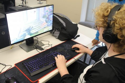 ESports on campus: New club brings gaming to students